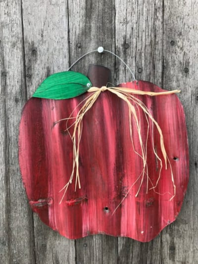 Autumn and Christmas Apple Decor